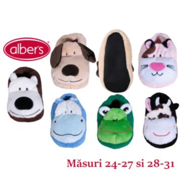 Papuci de casa pentru copii. Intruchipeaza diferite animale. Compozitie: ciorap: 100% poliester; talpa: 100% poliester.